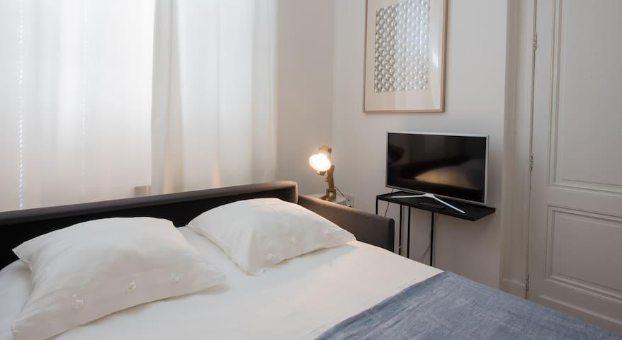 studette 15 m2 toute équipée - Agen - Wohnung