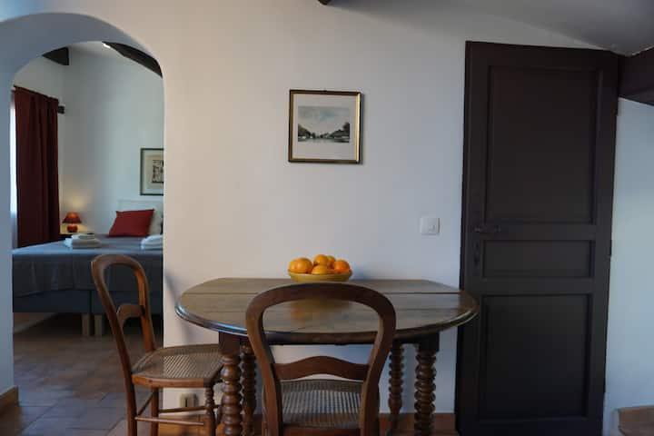 App. Les Maures, Casa Mauresque, Vieux Cotignac