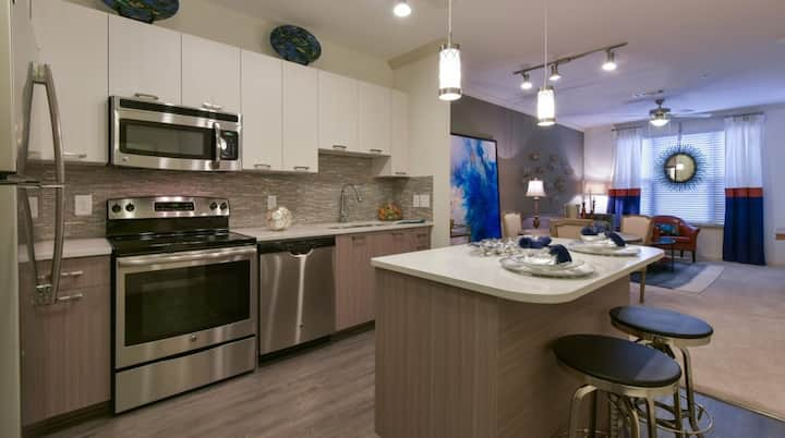 Brookhaven Modern Luxury 1BR mins from Lenox Mall