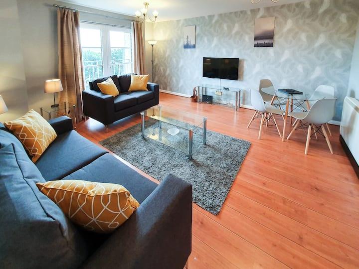 Hilton Wynd Apartment, Rosyth M90 near Edinburgh