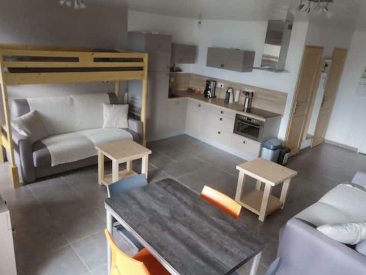 Studio 3*, équipé 5 personnes, Cellier et Garage