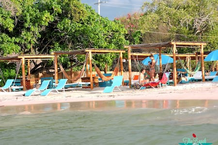 Bomba B&B sobre la playa - Cartagena