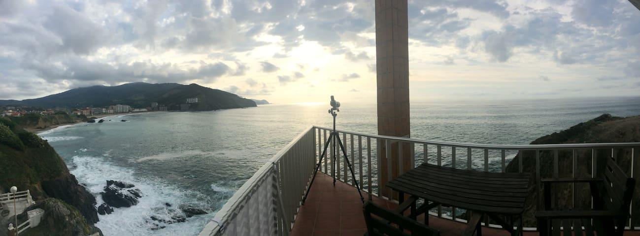 Piso en costa Bizkaia cerca Bilbao - Bakio - Huoneisto