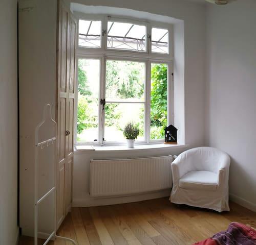 Helles Zimmer in Altbremer Haus nahe Osterdeich - Bremen - Dům