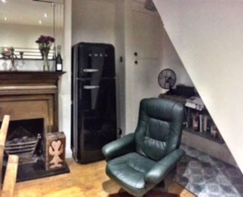Dining room, 'Smeg Corner'.