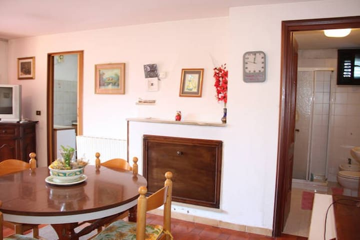Ground floor in Cottage near Olbia and SanTeodoro - Padru - Lägenhet
