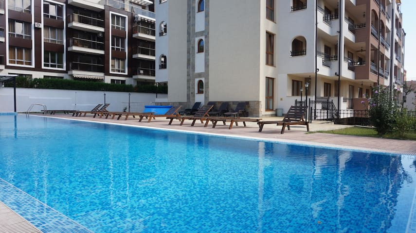 1Bed to the beach and Marina Port - luxury complex - Sveti Vlas
