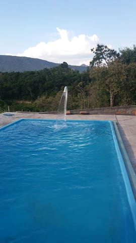 Maricá casa de praia com piscina - Maricá - House