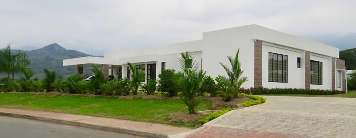 Casa de Campo Villavicencio (Vía Restrepo)
