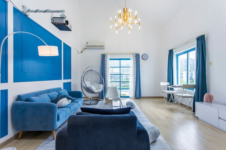 |旅途路上的小栈|大梅沙/奥特莱斯/东部华侨城湖心岛爱琴海风情复式双床房