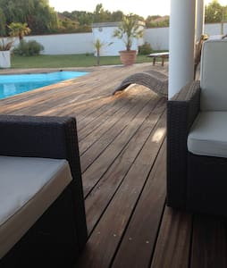 Belle maison familiale avec piscine - Fontenilles - Ev