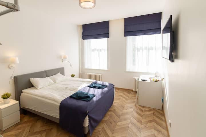 Hot Spot Vilnius Apartments - Standard Double Room No.6