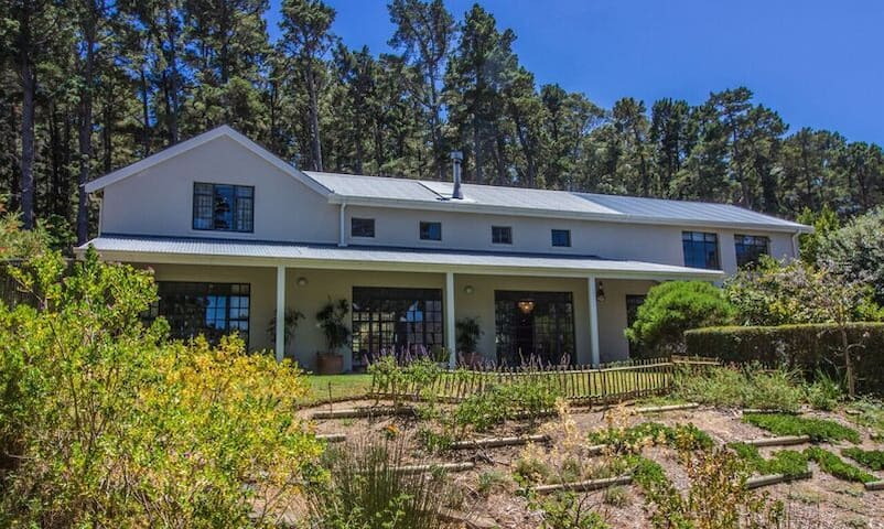 Mountainside house in secure estate, Hout Bay - Kapstadt - Haus