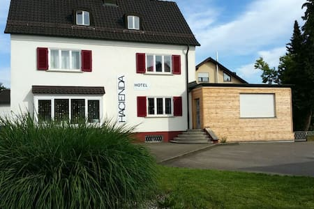 Hacienda B&B Appartment für 6 - Friedrichshafen - Bed & Breakfast