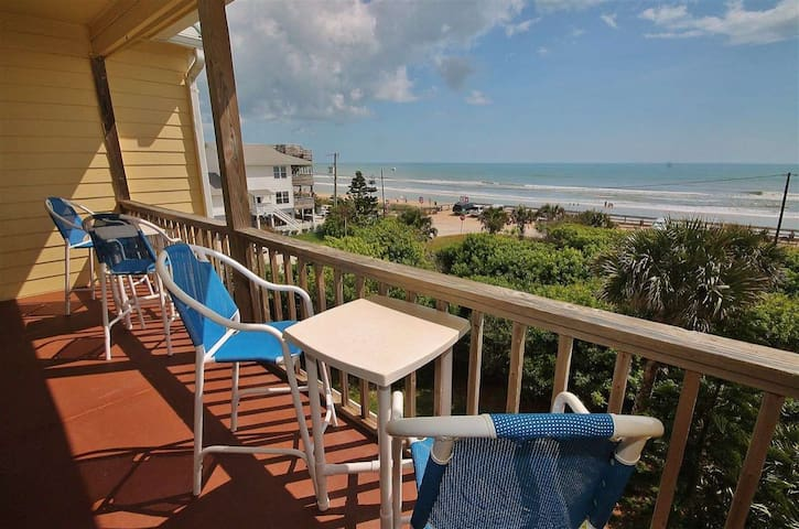OCTM202 - Ocean Club at Turtle Mound 202 is a lovely oceanfront condo located at the south end of New Smyrna Beach in Bethune beach