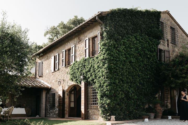 A 19th century Villa and its Wine