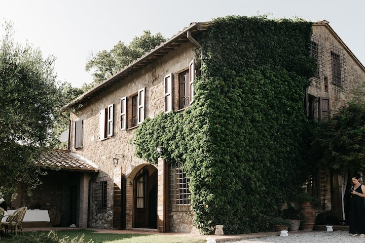 A 19th century Villa and its Wine