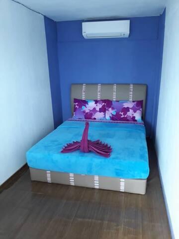 小竹林 仙本那 M07  两人间大床房 提供早餐  步行码头十分钟 Bamboo Homestay