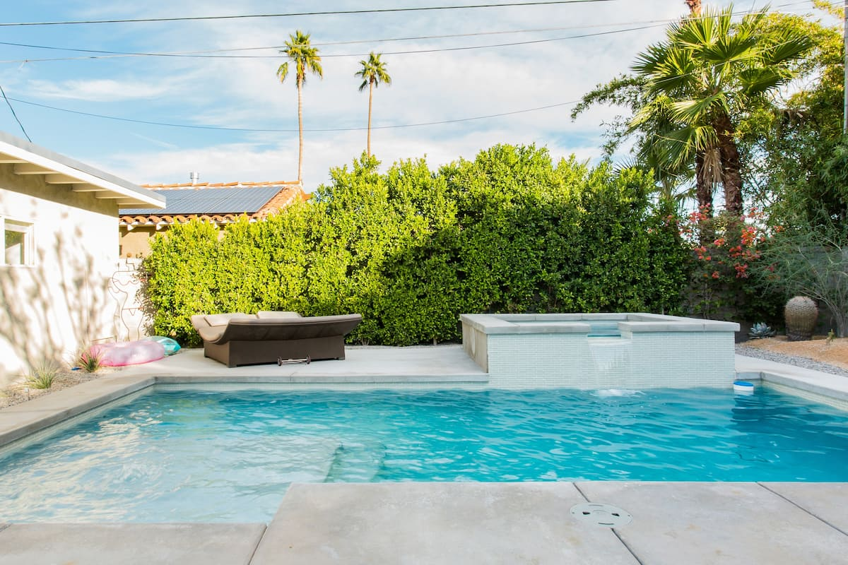 Movie Colony Home with Pool, Hot Tub and Private Casita