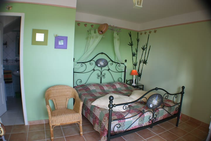 iseo - Saint-Hippolyte-du-Fort - Bed & Breakfast