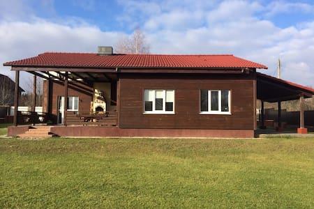 Домик в туристическом месте  - Lahojsk - Rumah