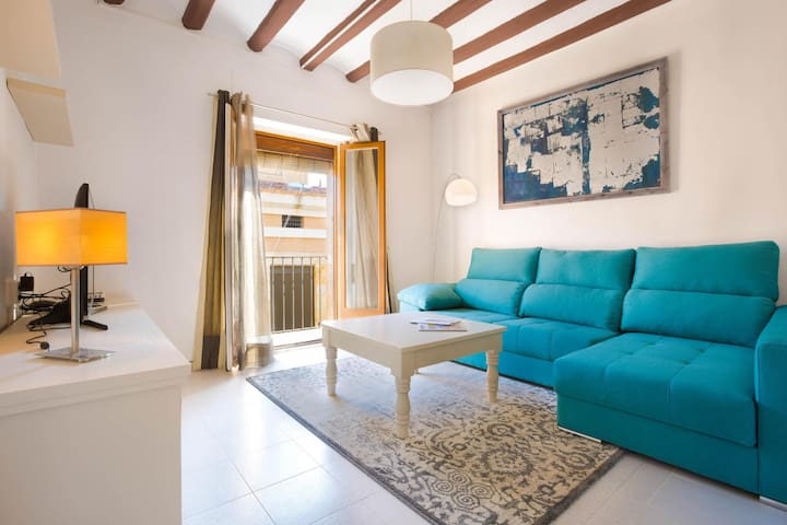 Artist-designed Suite, brand NEW, 120 m Cathedral - Tarragona - Apartament