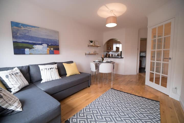 Trust Falkirk Laurmont Apartment Modern and Clean Two Bed Apartment