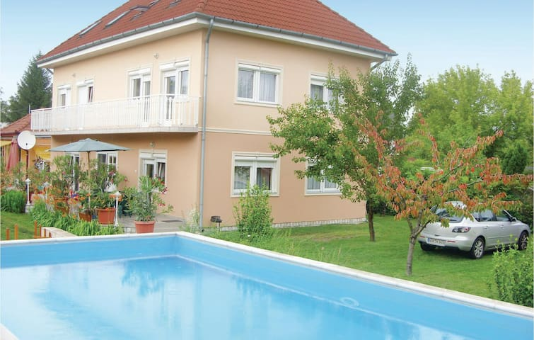 Holiday apartment with 2 bedrooms on 40m² in Zamárdi