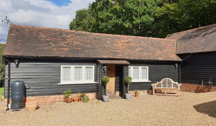 Ensuite Room - luxury Barn in Beautiful Tenterden