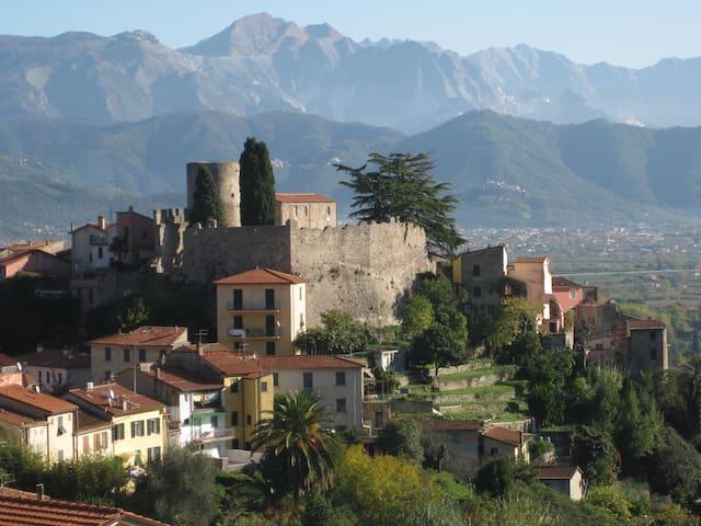 Tra Cinque Terre e Versilia - Ameglia - Casa