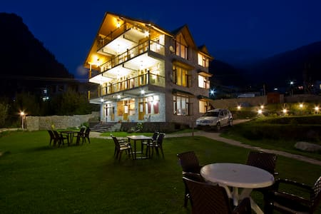 beautiful cottage between apple orcherd - Manali
