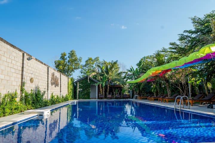 Room in Ong Lang - nice pool - 5' walk beach