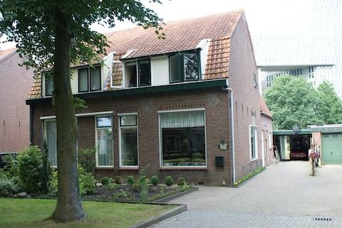 """Overnachten in Zwolle bij B&B """"Het Beukenhofje"""""""