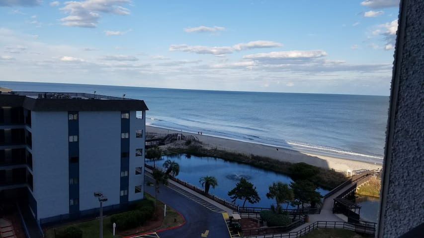 Walk to the Sand - Gated Oceanfront Condo 1 - Myrtle Beach - Apto. en complejo residencial