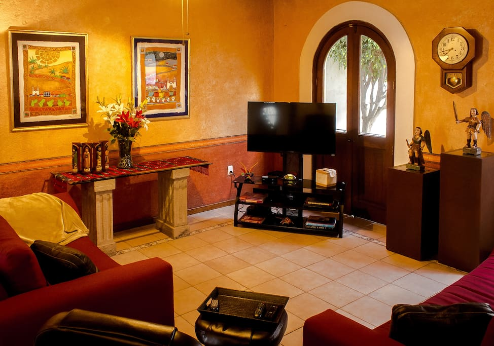 TV with Netflix available to guests
