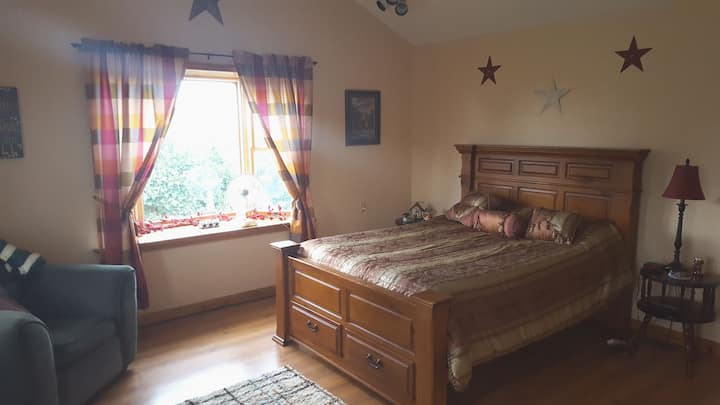 Large room, country setting
