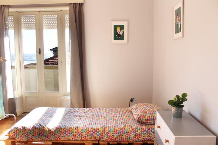 Watermark SH- room 4(2 pers shared) - Espinho - Bed & Breakfast