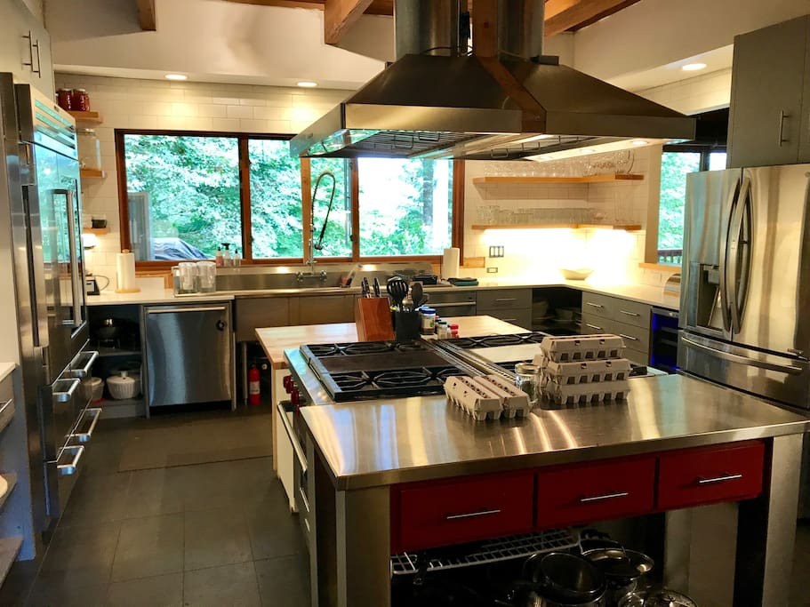 Brand new pro kitchen is a chef's dream
