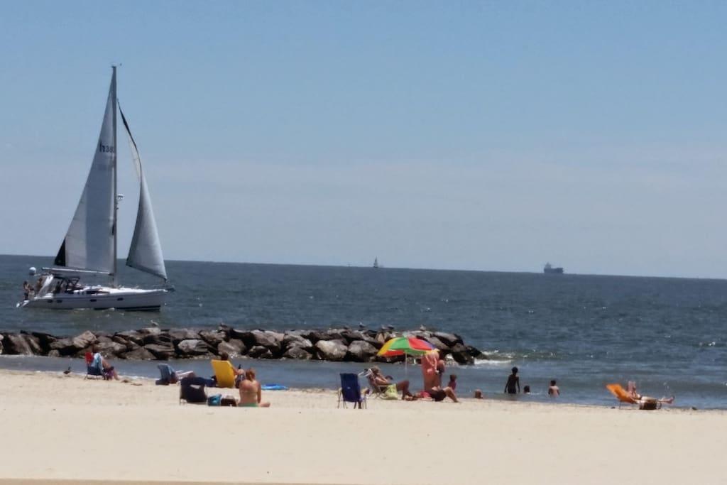 Beach lovers enjoying the relaxing bay