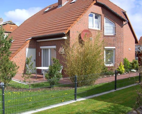 Excellent eingerichtetes Haus in Norddeich - Norden - Hus