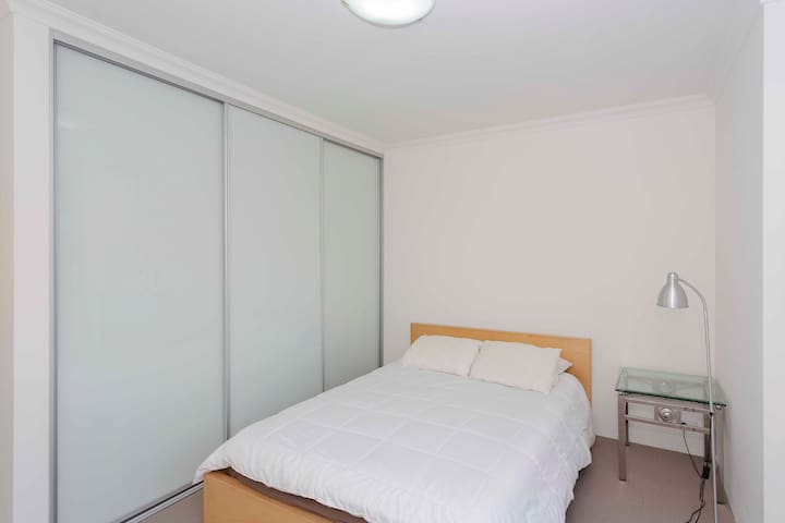 Just outside Perth CBD - Rivervale - Apartamento