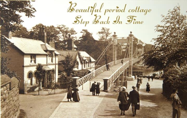 > River Bridge Cottage < Superb Riverside Location