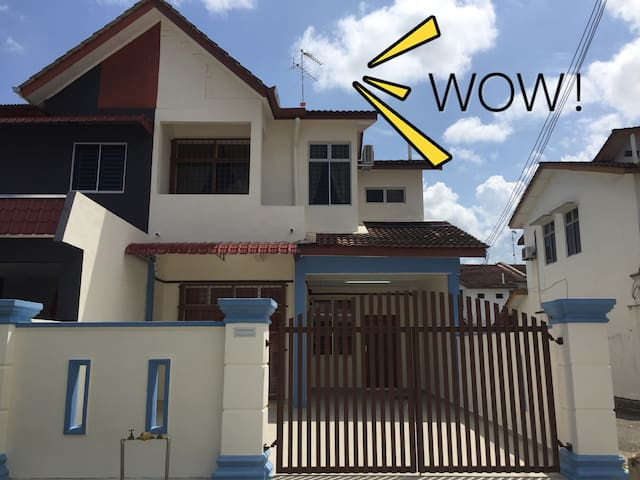 Aloha Homestay Kota Tinggi,Johor - Kota Tinggi - Huis