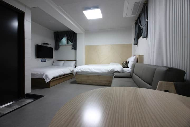 DH #B01/accommodation for Kovid 19 self-isolation.