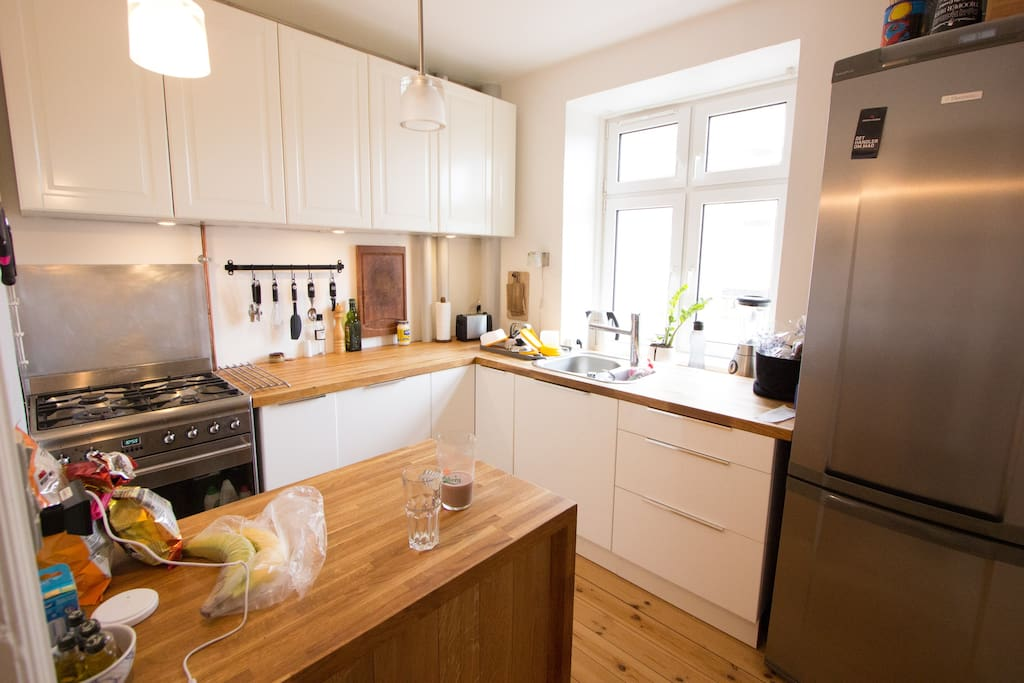 The kitchen is very practical for the size of the apartment. Very well equipped and a big fridge and freezer.