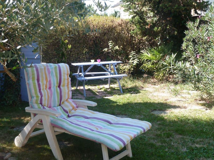 Proche de pau pyrenees chambre cosy dans maison houses for Piscine jardin lons