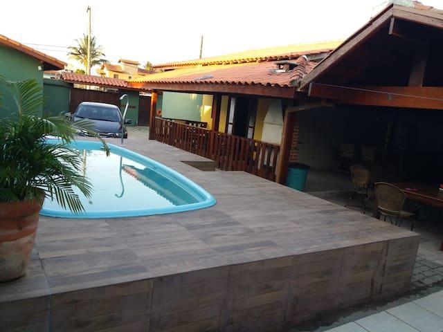 Alugo casa com Piscina na Praia, ate 20 pessoas
