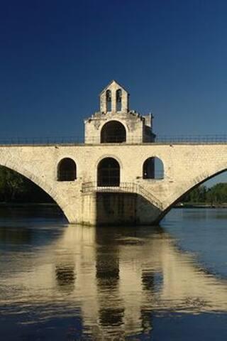Guidebook for Avignon