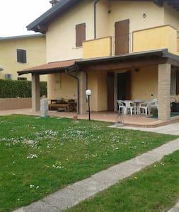 Villetta Sirmione - Lago di Garda - Fossa Lojera - Hus