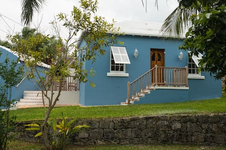 Captain's Cottage - St. George Town - Town of Saint George - 一軒家